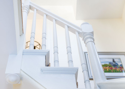 Crest Staircase